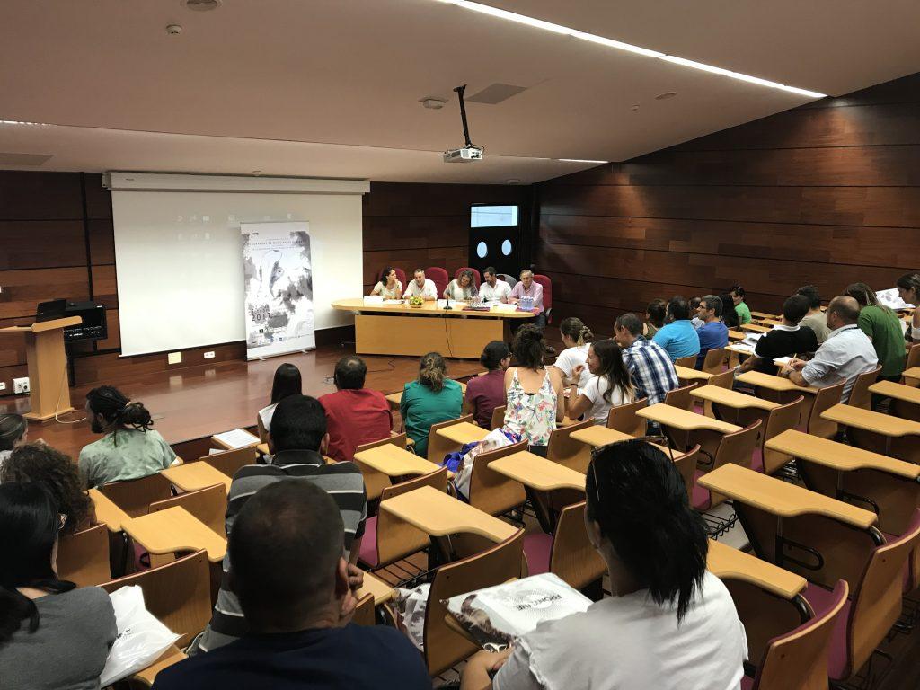 la-facultad-de-veterinaria-acoge-las-iii-jornadas-de-medicina-rumiantes-de-canarias-27-10-2017_38066026831_o-1024x768
